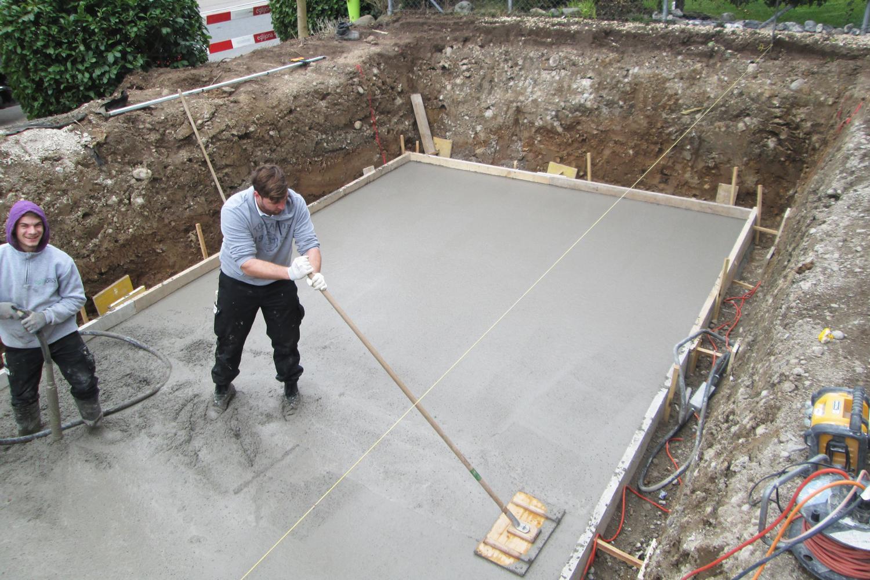 Einbau Betonplatte