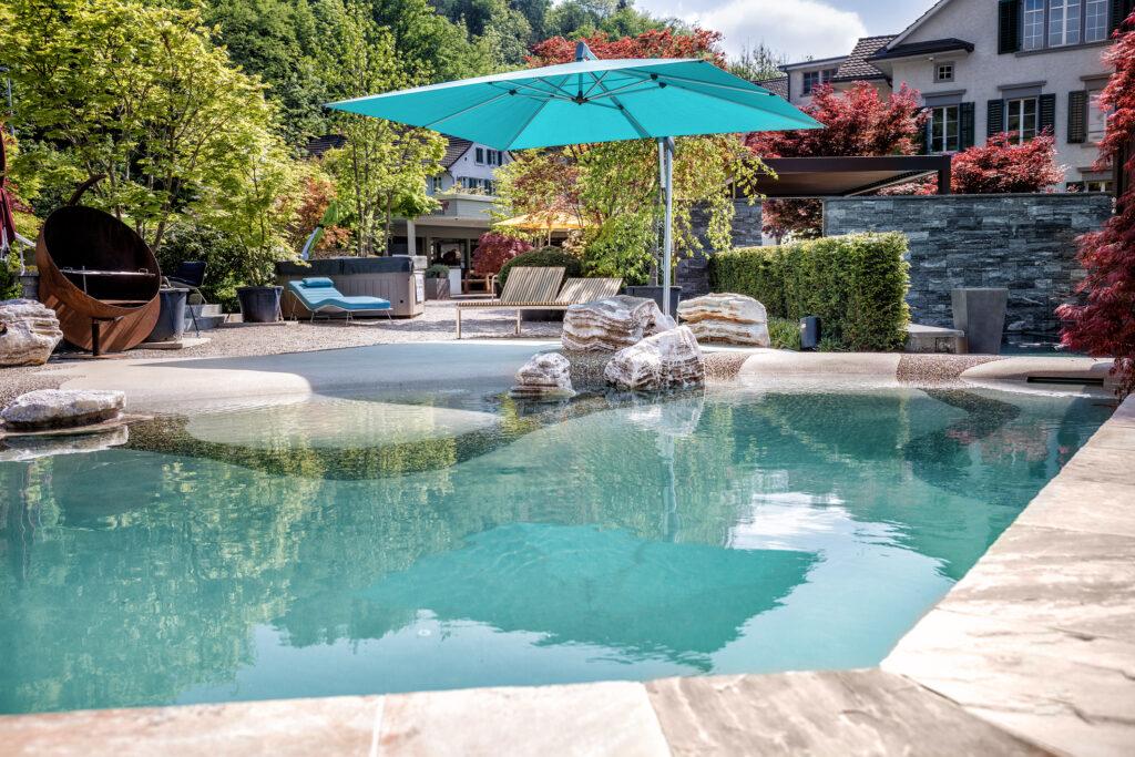 Gartenvilla-SwissSpa-Pool-Strandoptik-2
