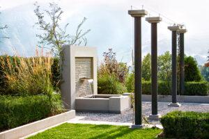 terrassengestaltung-brunnen-gartengeplaetscher-1