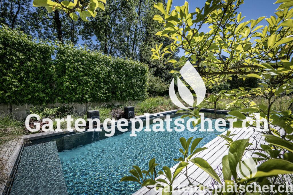 low-naturnaher-garten-mit-pool-ohne-chlor-egli-jona-parcs-2