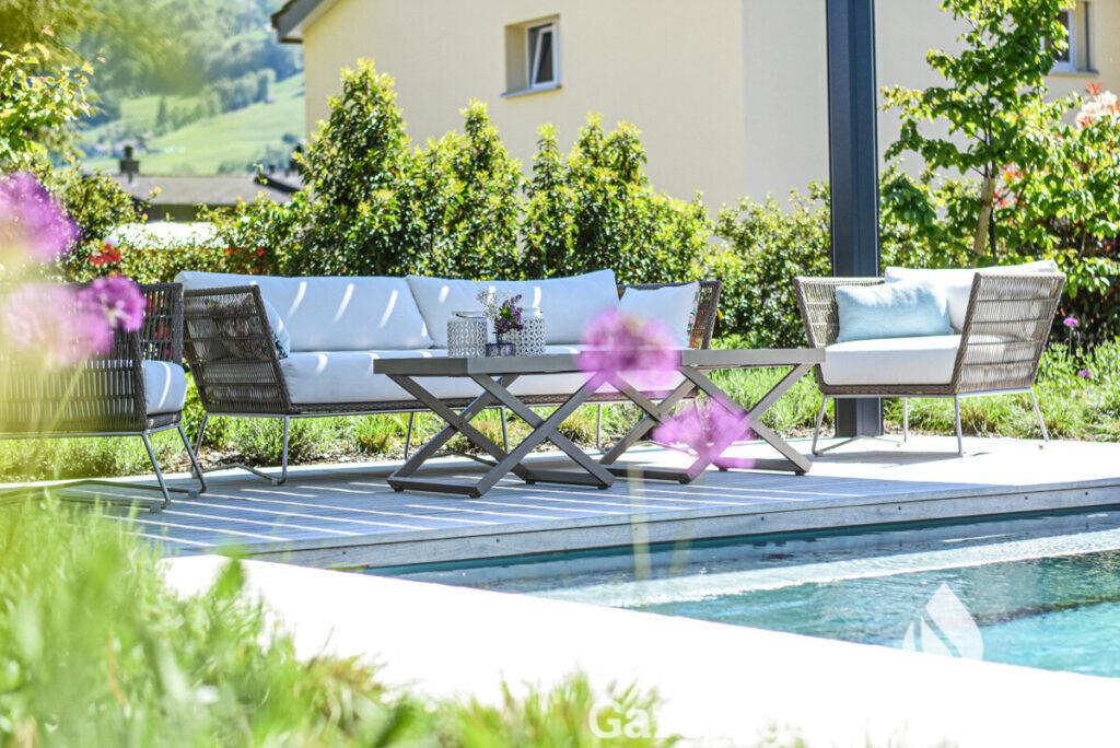 low-parcs-gartengestaltung-egli-jona-gartenbau-living-pool-mai2020-6